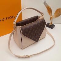 Louis Vuitton Double V M54440